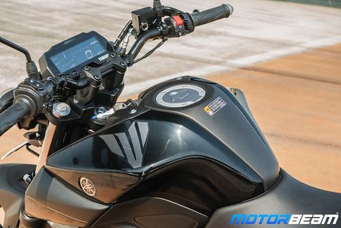 Yamaha-MT-15-19