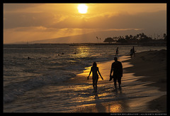 _MG_7251c (Steven Encarnación) Tags: steven encarnacion photographer canon 6d takumar 100mm f28 hawaii oahu availablelight beach sea ocean human people sunset silhouette golden sky clouds sand