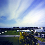 YKKセンターパークにおけるランドスケープ及び丸屋根展示館の写真
