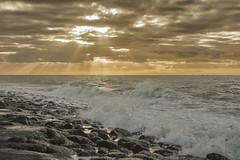 westkapelle (Omroep Zeeland) Tags: westkappelle zeeland walcheren palen lucht zon zonsondergang strand skyline natuur