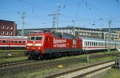 120 501  Bremen Hbf  11.06.06 (w. + h. brutzer) Tags: bremen 120 eisenbahn eisenbahnen train trains railway bahndienst messzüge db deutschland germany nikon analog webru