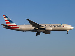 American Airlines | Boeing 777-223(ER) | N793AN (Bradley's Aviation Photography) Tags: egll lhr london londonheathrowairport londonheathrow heathrow heathrowairport canon70d aviation avgeek aviationphotography plane planespotting flying spotting 777 b772 aa americanairlines boeing777223er n793an