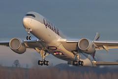 Airbus A350-941 A7-ALI Qatar Airways (Mark McEwan) Tags: airbus a350 a350941 a7ali qatar qatarairways edi edinburghairport edinburgh aviation aircraft airplane airliner enginefog