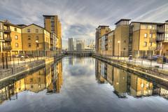 City Reflections from Preston's Road (ArtGordon1) Tags: london england uk january 2019 winter davegordon davidgordon daveartgordon davidagordon daveagordon artgordon1 reflections reflection thames