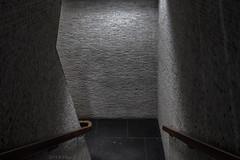 Downstairs (Pieter Musterd) Tags: dark donker trap stairs americanembassy onzeambassade west langevoorhout pietermusterd musterd canon pmusterdziggonl nederland holland nl canon5dmarkii canon5d denhaag 'sgravenhage thehague lahaye