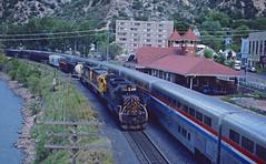 Glenwood Springs Meet (wales23us) Tags: drgw5408 riogrande glenwoodsprings august1988 kodachrome sd40t2 tunnelmotor emd