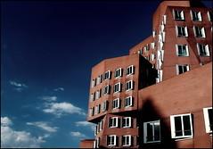 Gehry's (Logris) Tags: architektur architecture gehry dus düsseldorf dusseldorf fenster windows gebäude himmel sky