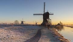 Cold Morning in Kinderdijk (Wim Boon Fotografie) Tags: canoneos5dmarkiii leefilternd09softgrad leelandscapepolariser leefilter wimboon winter winterlicht nederland netherlands natuur nature kinderdijk koud unescoworldheritage sunrise holland canonef1635mmf4lisusm
