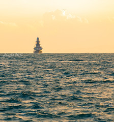 Nave Andrea Doria (Antonio Ciriello PhotoEos) Tags: taranto puglia apulia italia italy canon 5d 5dmarkiv eos5dmarkiv canon5dmarkiv canoneos5dmarkiv 70300 70300usm canon70300 canon70300isiiusm marinamilitare italiannavy navy marina naveandreadoria navedoria andreadoria warship ship mare sea seascapes