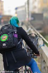 L'Intrusa (Atto 1) (Gian Floridia) Tags: martesana milanesi milano naviglio walkiria bici biker calmatevi ciclista fretta furia galateo intrusa intrusione invasione nevalelapena nevrosi posteggio rallentate riflessione riflettete streetphotography variopinta