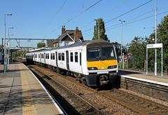 321425 Rochford (CD Sansome) Tags: rochford abellio greater anglia train trains 321 station polar bear 321425 national express