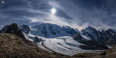 Moon above the glacier (dieLeuchtturms) Tags: nacht gletscher diavolezza mond hammeraitoff herbst europa mondlicht schweiz sternenhimmel graubünden 2x1 panorama berninagruppe alpen langzeitbelichtung alps berninarange cantonofgrisons europe swisse switzerland autumn fall glacier longexposure longtimeexposure lunarlight moon moonlight night starsky starrysky pontresina ch