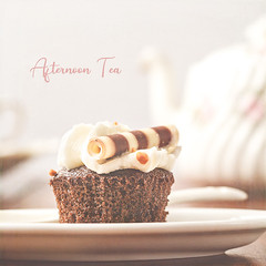 Afternoon Tea (Mandy Willard) Tags: 365 2701 2019th13 cake chocolate cupcake teapot plate text