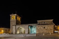 Garganta de los Montes. (Amparo Hervella) Tags: gargantadelosmontes comunidaddemadrid españa spain iglesia noche nocturna paisajeurbano paisaje pueblo largaexposición d7000 nikon nikond7000