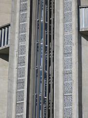 Escaliers royannais, Eglise Notre-Dame, Royan (17) (Yvette G.) Tags: royan charentemaritime 17 poitoucharentes escalier architecture