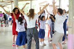 Atelier danse (infoglobalong) Tags: stage étudiant service bénévolat volontaire international engagement solidaire voyage découverte enseignement éducation école enfants aide alphabétisation scolaire asie thaïlande jeux sport art informatique rénovations