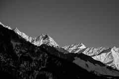 Manali - Mountains (Karthikeyan.chinna) Tags: karthikeyan chinnathamby chinna canon canon5d canon5dmarkiii nature snow mountain glacier light slope travel manali india north himalayas himachal 24105