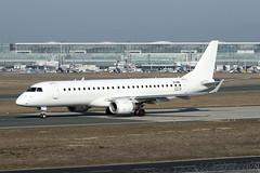 Stobart Air   ERJ-190AR   EI-GHK (Globespotter) Tags: frankfurt main stobart air erj190ar eighk