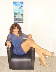 Royal blue - nonchalant (Katvarina) Tags: crossdress crossdresser crossdressing transgirl transgender transpeople tgirl tgurl kat metrosexuality transidentity