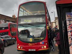 One of only a handful of Wright Eclipse units left in the GAL fleet. | Go-Ahead London Wright Eclipse B7TL on the 127 to Purley. (alexpeak24) Tags: