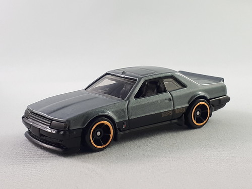 Hot Wheels '82 Nissan Skyline GT-R R30 - a photo on Flickriver