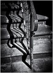 Lomography (Black and White Fine Art) Tags: lomography lomo holga holga120s plasticcamera camaradeplastico toycamera camaradejuguete kodakbw400cn chromogenicdevelopedind76 filmexpiredin2007 películaexpiradaen2007 luz sombra sanjuan oldsanjuan viejosanjuan puertorico