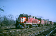 CB&Q GP35 988 (Chuck Zeiler48Q) Tags: cbq gp35 988 burlington railroad emd locomotive naperville train chuckzeiler chz