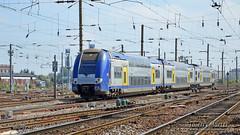 Z 24553/54 (327), Amiens - 03/09/2014 (Thierry Martel) Tags: z24500 amiens automotrice sncf