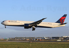N843MH - Delta Airlines B767-400 (✈ Adam_Ryan ✈) Tags: dub eidw 2019 dublinairport2019 ireland canon 6d 100400liiisusm 100400 early earlymorning sun arrival landing aircraft airbusboeing n843mh delta airlines b767400