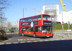 GAL PVL284 - PJ02RCU - NORTH GREENWICH BUS STATION - TUE 26TH FEB 2019 (Bexleybus) Tags: north greenwich bus station underground the o2 dome se10 tfl route 132 goahead go ahead london volvo plaxton president b7 pvl284 pj02rcu