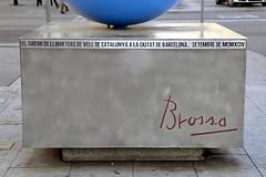 EL GREMI DE LLIBRETERS DE VELL DE CATALUNYA A LA CIUTAT DE BARCELONA. SETEMBRE DE MCMXCIV (Yeagov_Cat) Tags: 2019 barcelona catalunya monument passeigdegràcia granviadelescortscatalanes 1994 ciutatdebarcelona gremidellibretersdevell gremidellibretersdevelldecatalunya joanbrossa josepplanarbona mcmxciv setembre setembredemcmxciv