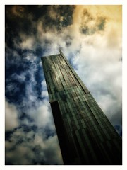 Beetham Tower - 3 (zapperthesnapper) Tags: manchester modernarchitecture tallbuilding dramatic