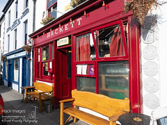We're Here-255733 (Place Images - David Kennedy Photography) Tags: pub bar schull hacketts exterior