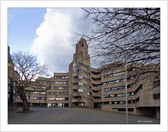 Rathausturm (dolorix) Tags: dolorix architektur architecture brutalismus expressionismus beton concrete rathaus townhall burg castle bensberg