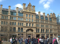Corn Exchange, Manchester (Tony Worrall) Tags: gmr manchester manc city northwest architecture building urban welovethenorth nw north update place location uk england visit area attraction open stream tour country item greatbritain britain english british gb capture buy stock sell sale outside outdoors caught photo shoot shot picture captured ilobsterit instragram candid people group gather cornexchange foodie