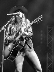 Lainey Wilson C2C Country to Country festival O2 London March 2019 (www.kevinoakhill.com) Tags: lainey wilson c2c country festival o2 london march 2019 rock indie guitar electric acoustic singer song writer songwriter bbc radio 2 stage indigo greenwich borough amazing fantastic wonderful beautiful stunning gorgeous photo photos photography professional canon ixus 285 light lights show concert gig live music free arena male female man woman band cowgirl cow girl louisiana la nashville tennessee uk great britain winter cold indoor