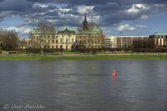 Stürmischer Frühling in Dresden (binax25) Tags: dresden elbflorenz spring fühling sturm clouds wolken hdr elbe river fluss bellevue hotel blockhaus panorama japanisches palais