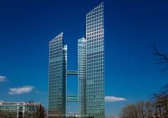 Highlight Towers, München (Jutta Achrainer) Tags: achrainerjutta sonyrx100vi highlighttowers münchenhochhaus architektur