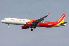 ThaiVietjetAir (maidensphotography) Tags: planespotter airport airways airlines airline aircraft aviation thailand bangkok suvarnabhumi planespotting canon camera dslr flicker flickr landings travel airliners 7d photography