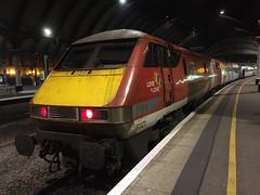 91121 at York (20/1/19) (*ECMLexpress*) Tags: lner london north eastern railway 225 class 91 91121 82208 york ecml