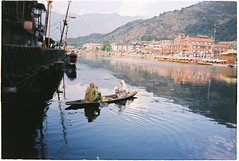 (grousespouse) Tags: srinagar kashmir dallake 35mm analog film india canonautoboyii sureshot autoboy analogue landscape lake water travel exotic colorfilm colourfilm kodakcolorplus200 colorplus asia scanned himalayas beauty majestic croplab grousespouse 2018