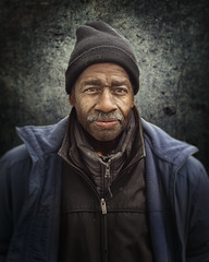 Robert (mckenziemedia) Tags: homeless homelessness chicago city urban street streetphotography people man coat hat stockingcap portrait portraiture face