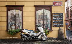 Scooter (Ignacio Ferre) Tags: motorcycle motorbike scooter moto vespa czech czechrepublic repúblicacheca checoslovaquia chequia bohemia moravia ciudad city nikon vehículo restaurant bar praha prague prag praga
