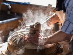 Visite de la fromagerie de Gruyères (Stefano Procenzano) Tags: gruyères fr svizzera ch cantonfribourg fromageriedegruyères nikon nikkor d750 nikond750 afsnikkor85mmf14g 85mm f14 85mmf14 85mmf14g