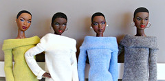 Four black ladies with short hair (Deejay Bafaroy) Tags: fashion royalty fr integrity toys doll dolls puppe puppen black adele thefacesofadele facesofadele themuse makeda nadja outofsight nuface urban outfitting rhymes sweater pullover pulli gaiters gamaschen legwarmers stulpen poikapoi olgaomi green grün white weiss blue blau gray grey grau groupshot gruppenfoto portrait porträt