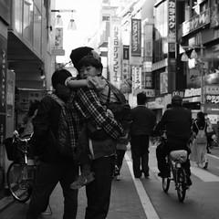 P2JG6469 (jojotaikoyaro) Tags: kichiojoji musashino tokyo japan fujifilm street streetphography snapshot candid monochrome xpro2 voigtlander nokton noktonclassics 35mmf14