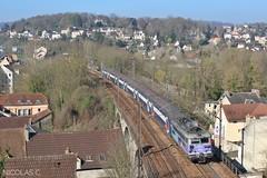 BB(8)17053 + VB2N n°253 - AR140 - Train n°136860 Mantes-la-Jolie > Paris-St-Lazare (nicolascbx) Tags: bb17000 bb17053 vb2n sncf transilien suburbantrain lignej groupevi meulanhardricourt meulanenyvelines yvelines train zug envoyage 136860 manteslajolie parissaintlazare 17053