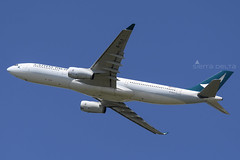 B-HLS A333 CATHAY PACIFIC YBBN (Sierra Delta Aviation) Tags: cathay pacific airbus a333 brisbane airport ybbn bhls