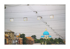 spider net over St. Petersburg (Armin Fuchs) Tags: arminfuchs stpetersburg russia trinitycathedral dreifaltigkeitskathedrale blue church net lamps diagonal sky clouds city jazzinbaggies