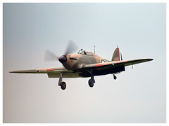 Hawker Hurricane Mk IIa (F-AZXR) (Aerofossile2012) Tags: hawker hurricane mkiia fazxr avion aircraft aviation warbird ww2 wwii fighter meeting airshow laferté 2017